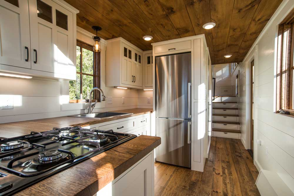 Timbercraft Denali kitchen